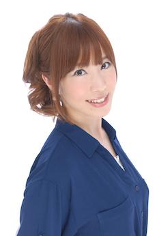 篠田有香(バストアップ写真)